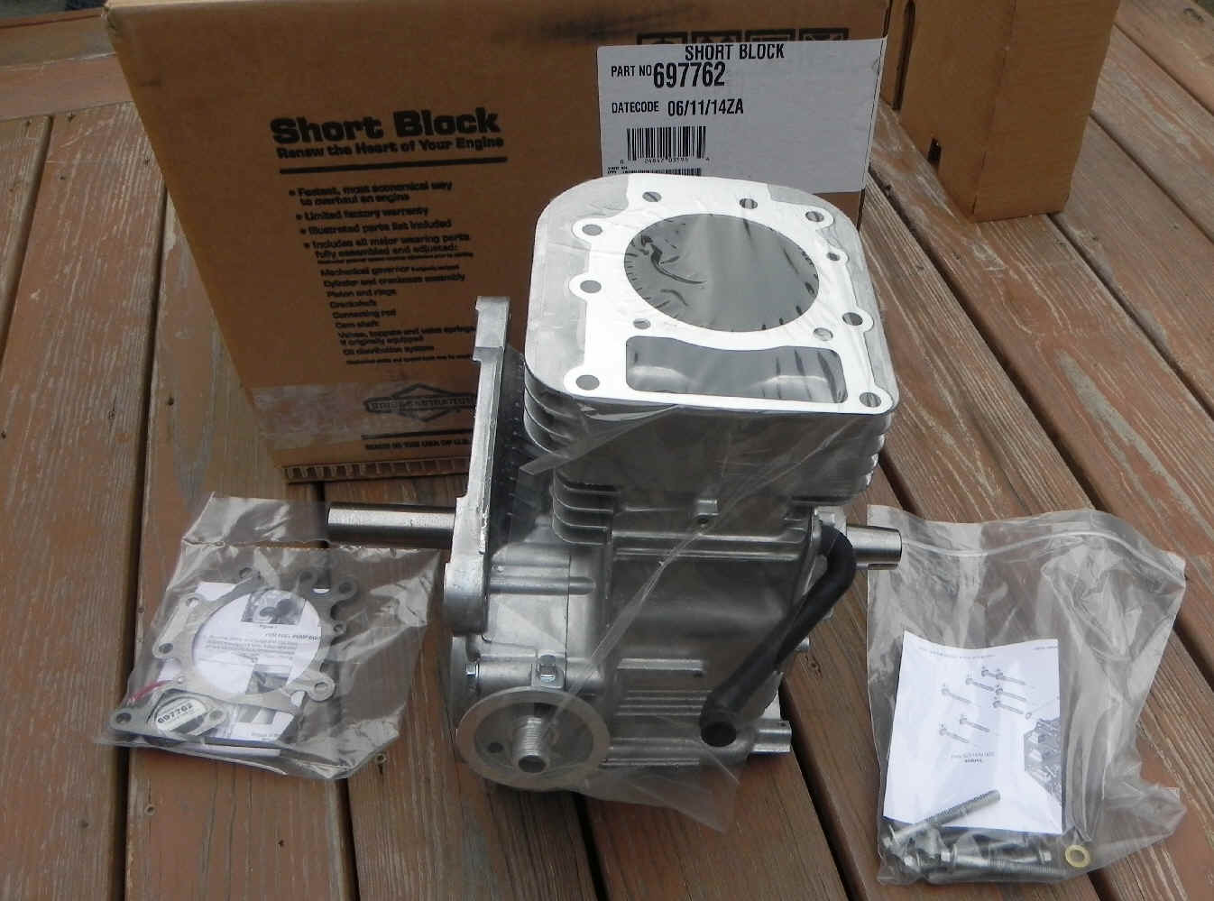 Briggs Stratton Vertical Shaft Small Engine Short Blocks And 92900 Series Parts List Diagram Block Part No 592060